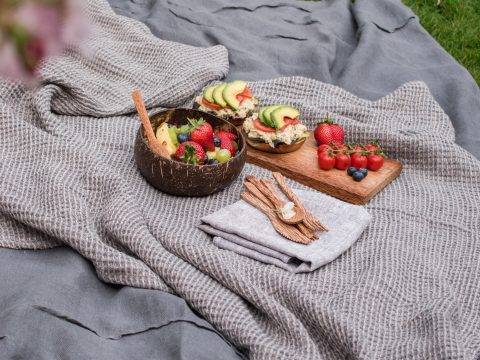 Abfallfreies Picknick auf der Wiese